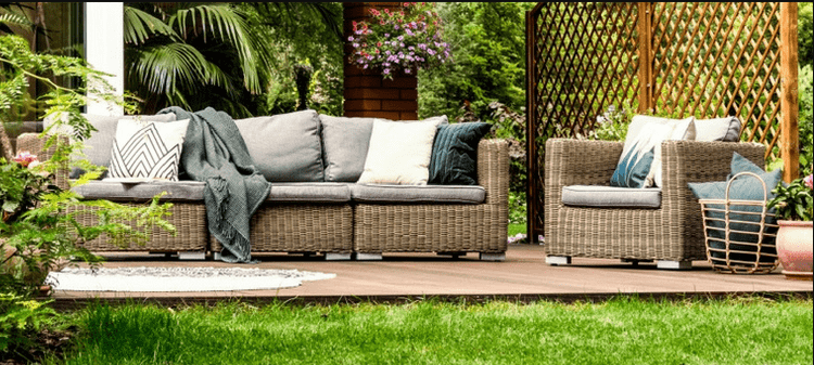 Cleaning Tips: How to Keep Your Outdoor Furniture Clean?